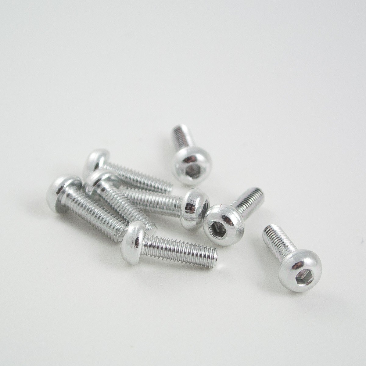 10mm M3 aluminium button head bolt 8pcs